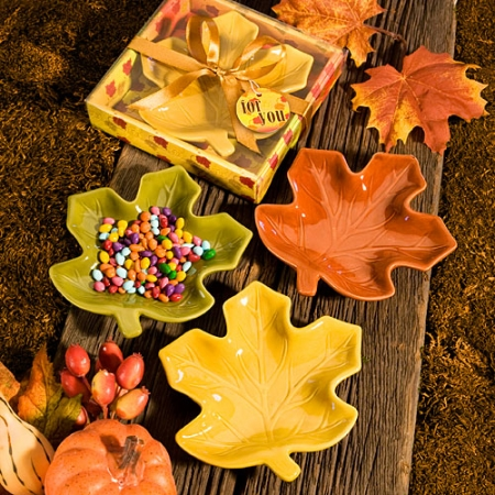 autumn-magic-collection-leaf-candy-dishes