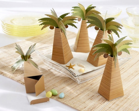 palm-tree-favor-box-with-multi-dimensional-detail